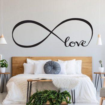 muursticker-oneindige-liefde-voor-boven-bed