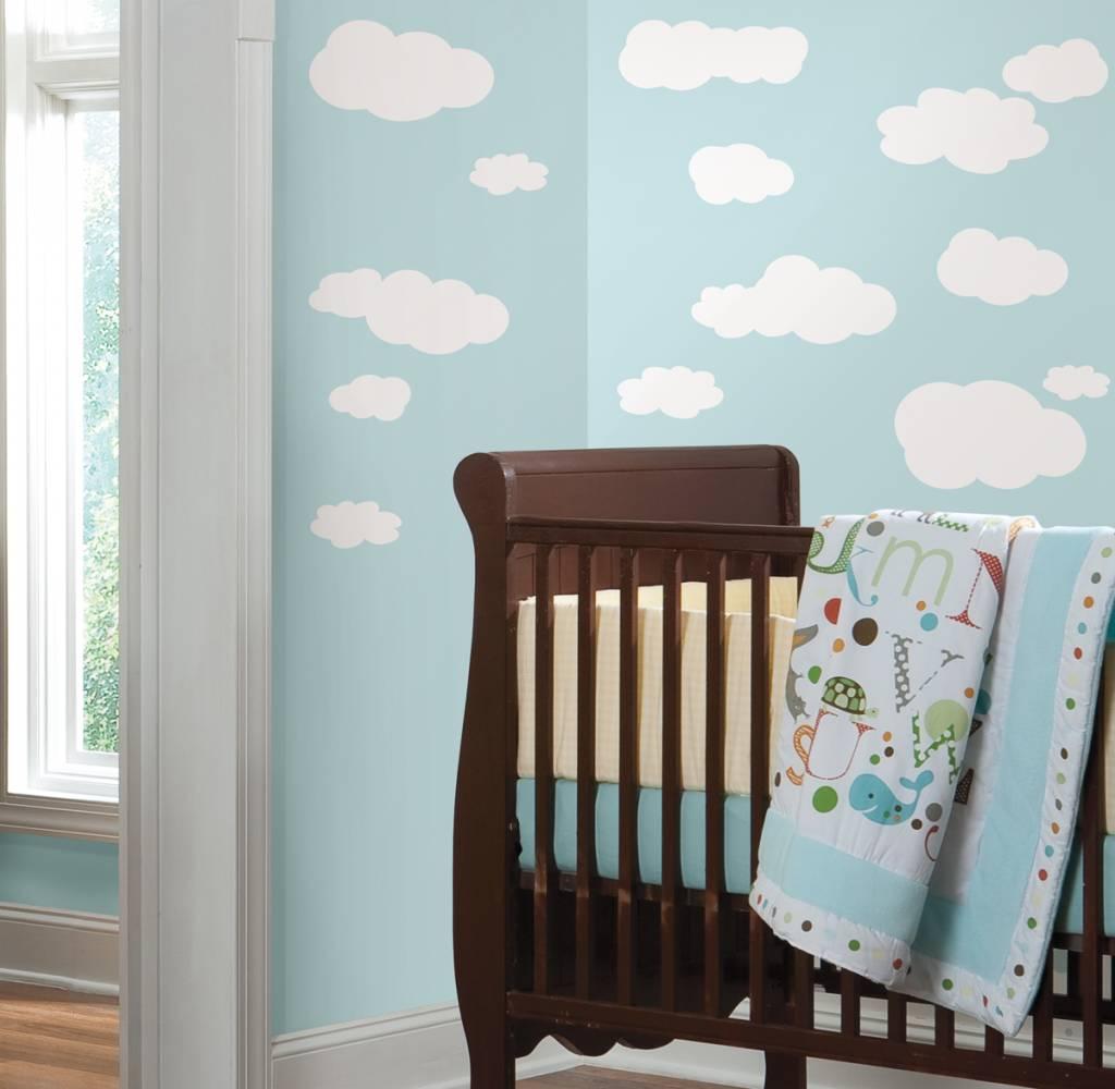 Leuke wolken muurstickers - 9,95 Kies je eigen kleur