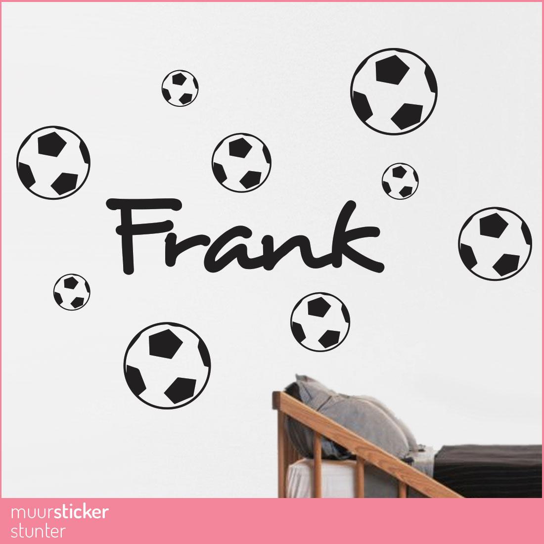 naam-muursticker-voetbal-stoer-kinderkamer-babykamer