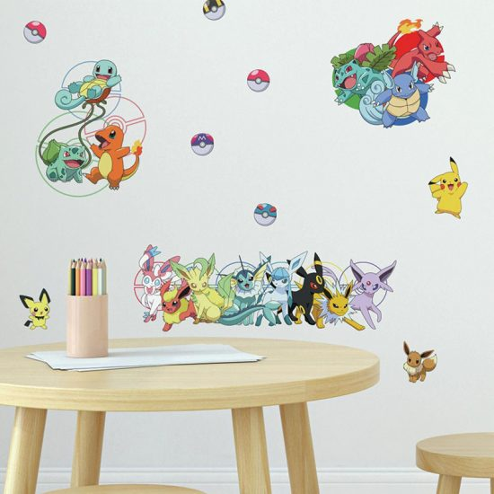 Pokémon-pikachu-squirtle-meowth-charizard