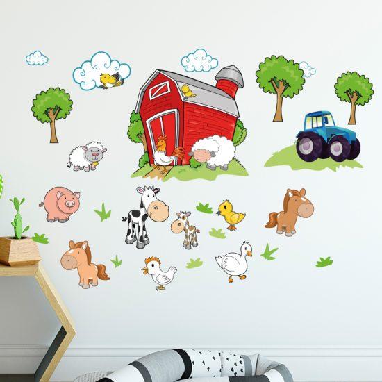 muursticker boerderij dieren kinderkamer kleurrijk koe paard kip varken tractor wolken bomen vogels eend