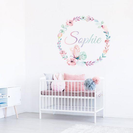 bloemen muursticker rond babykamer