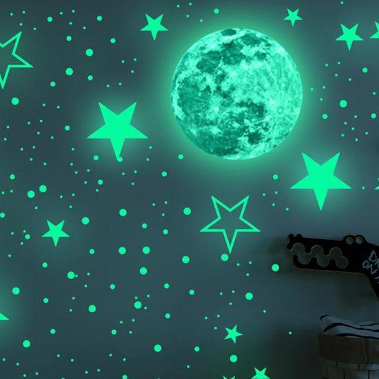 glow in the dark maan sterren vinyl babykamer kinderkamer stickers hemel slapen ideeen